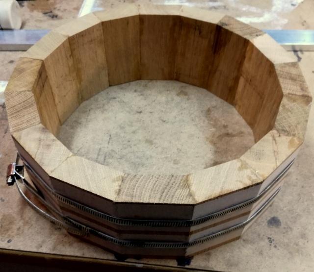 Réalisation de futs de batterie en bois tourné - Page 8 Img_2053