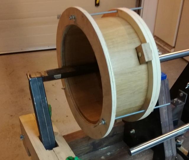 Réalisation de futs de batterie en bois tourné - Page 8 Img_2061