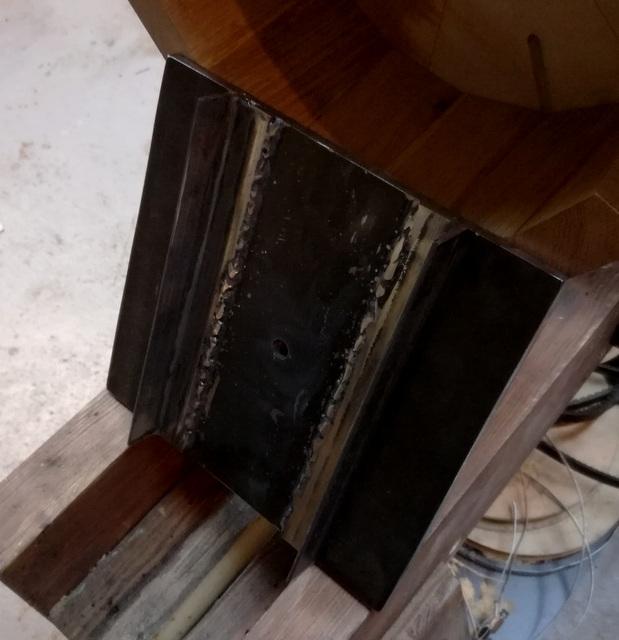 Réalisation de futs de batterie en bois tourné - Page 8 Img_2068