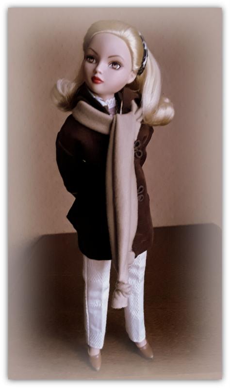 Mes poupées Ellowyne Wilde. De nouvelles photos postées régulièrement. - Page 20 20170183