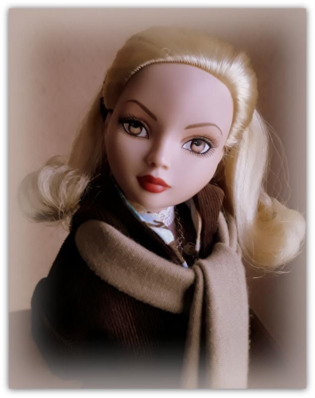 Mes poupées Ellowyne Wilde. De nouvelles photos postées régulièrement. - Page 20 20170185