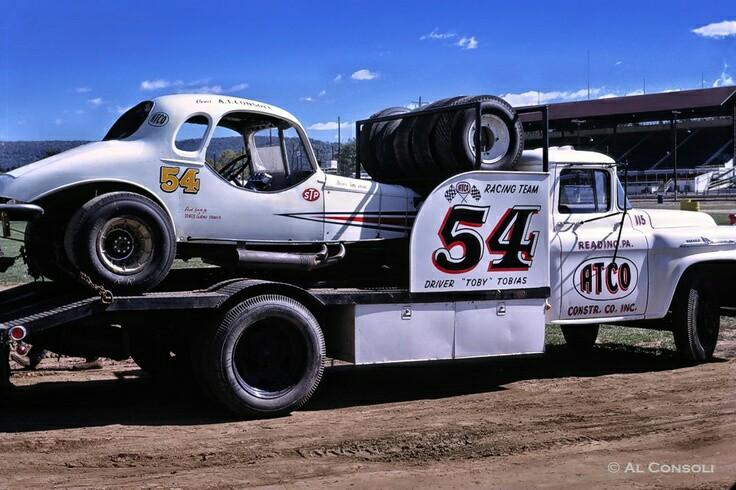 Pour les amateurs de Racing car haulers  F69cc310
