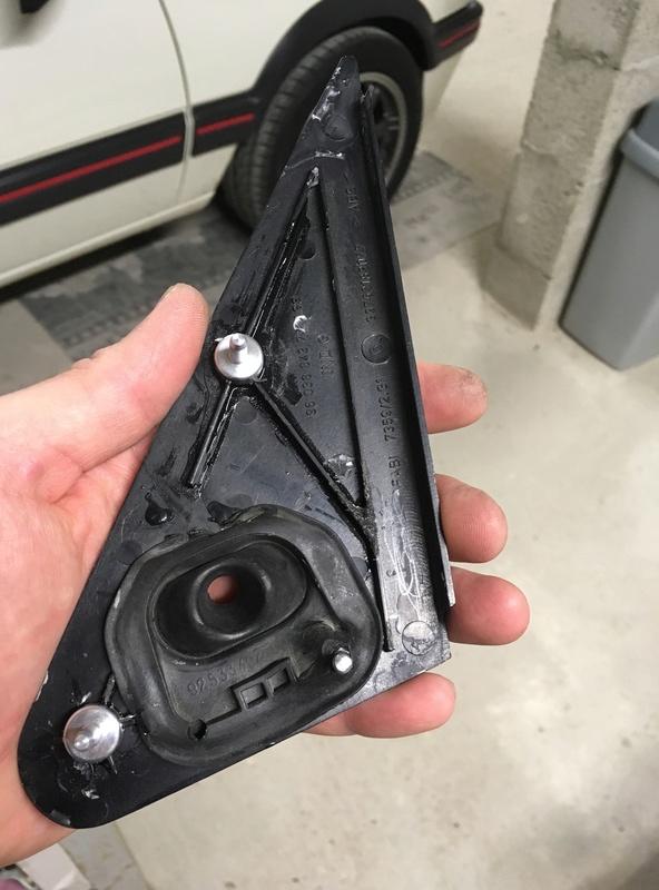 [FICHE] kit réparation fixation cache rétro intérieur  Img_5822
