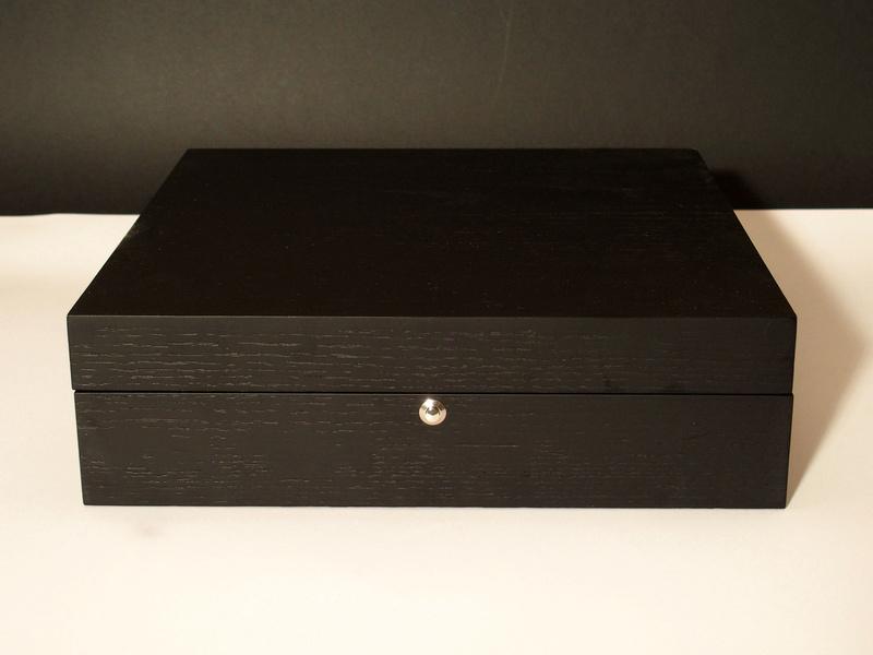 [SUJET UNIQUE] écrin, boîte ou coffret pour ranger les montres... tome II Bam210