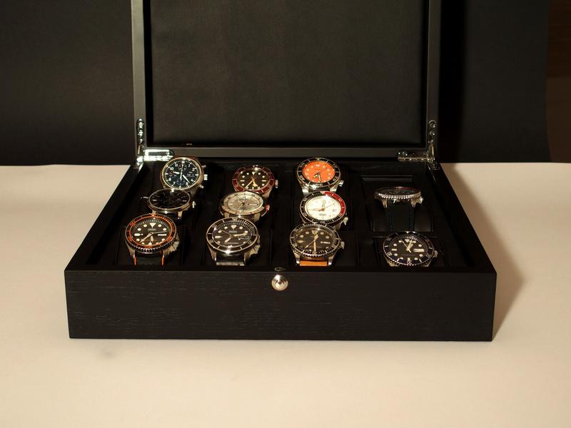 [SUJET UNIQUE] écrin, boîte ou coffret pour ranger les montres... tome II Bam310