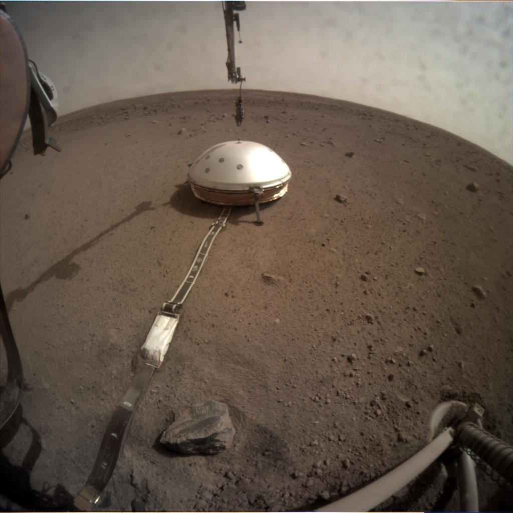 InSight - Mission d'exploration sur Mars - Page 16 C000m010