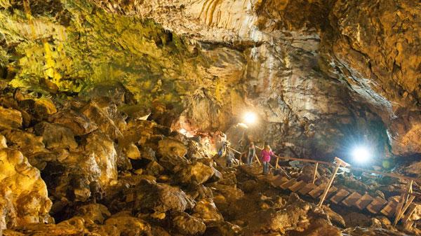 Roumanie, les mystères des Monts Bucegi Captww14