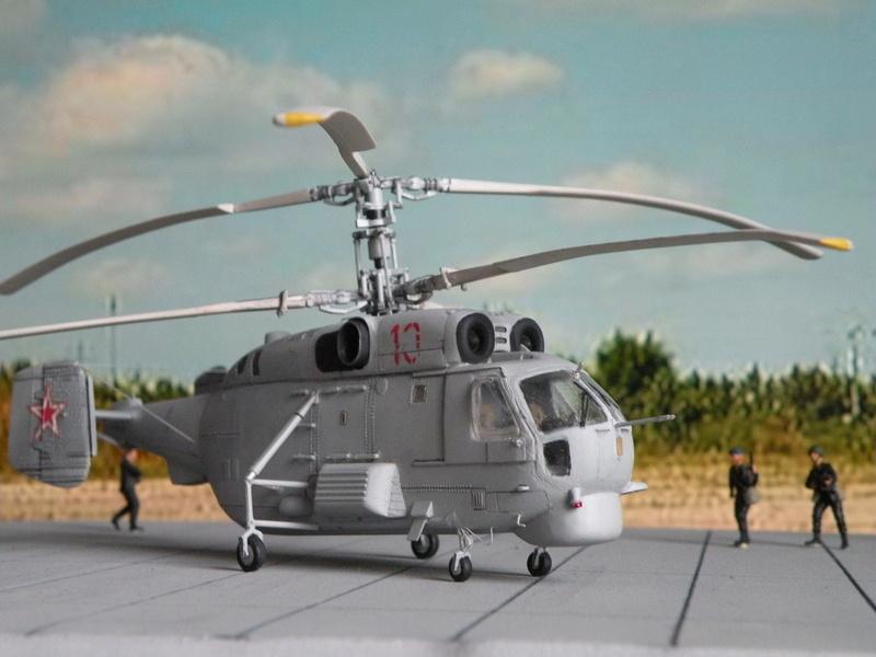 [Zvezda] Ka-27 PL hélix-A Dscn7814
