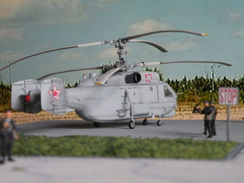 [Zvezda] Ka-27 PL hélix-A Dscn7816