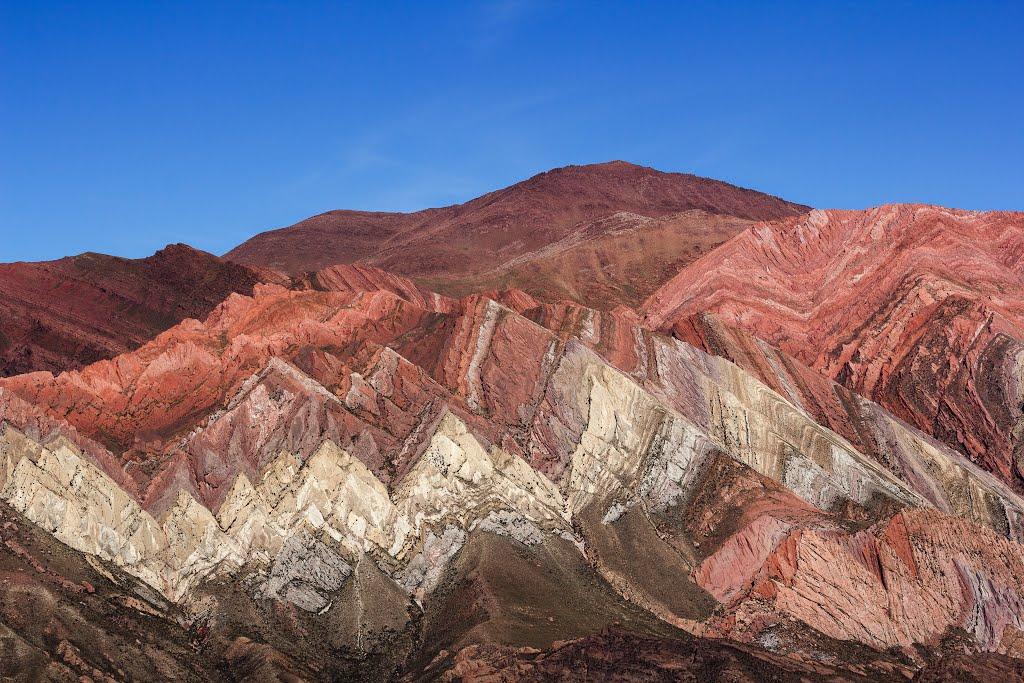 De sublimes couleurs dans Les montagnes de Hornocal - Argentine. 11029810