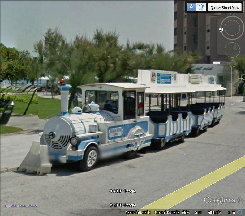 STREET VIEW : les petits trains touristiques Dd11