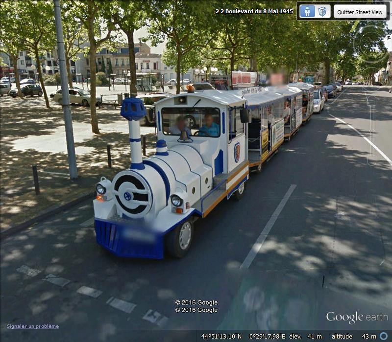 STREET VIEW : les petits trains touristiques Df11