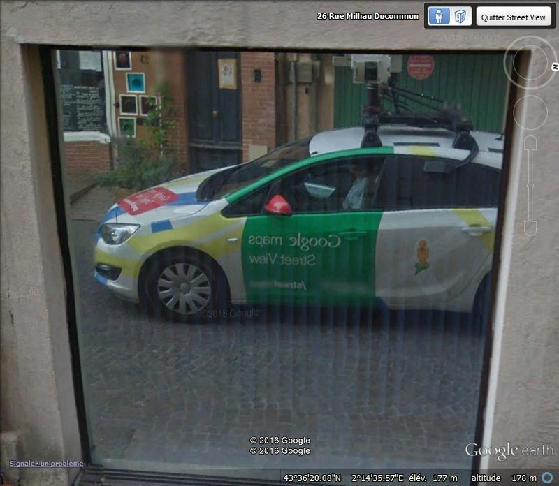 STREET VIEW : reflets de Google-Car G11