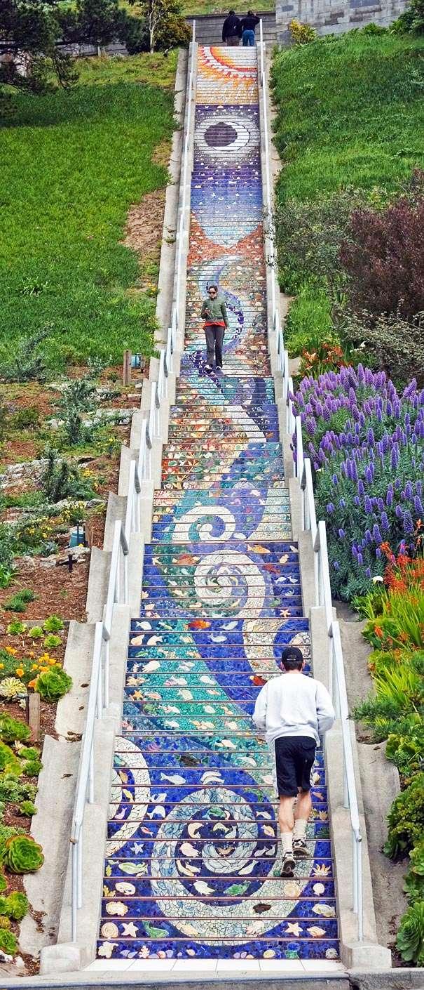 Les escaliers du monde (sujet participatif) - Page 5 Mosaic10