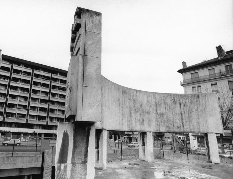 Le Monument aux Frères Lumière - Lyon - Rhône - France Source10