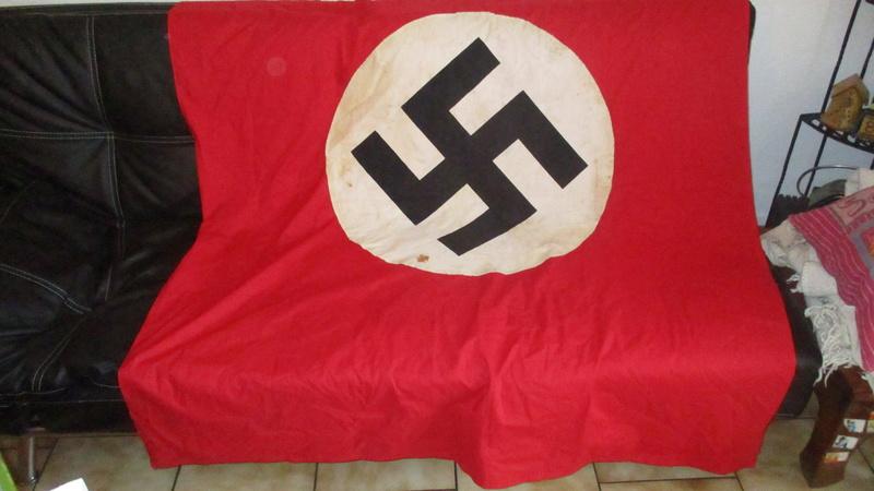 grand drapeau NSDAP Img_8313