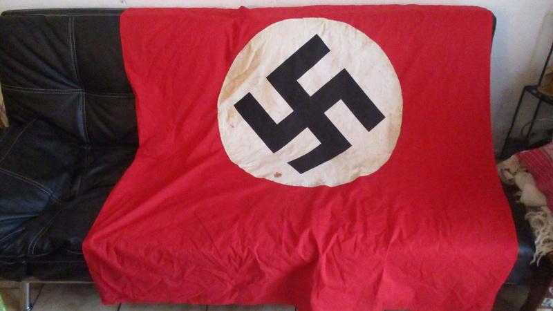 grand drapeau NSDAP Img_8316