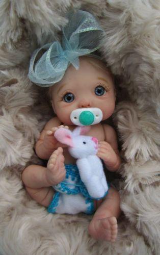 Des jolies poupées  - Page 3 Bb0310