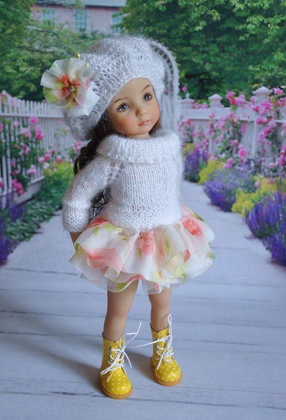 Des jolies poupées  - Page 3 Poup1210