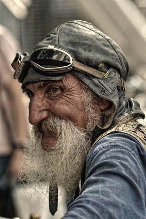 Les hommes âgés  Vieux10