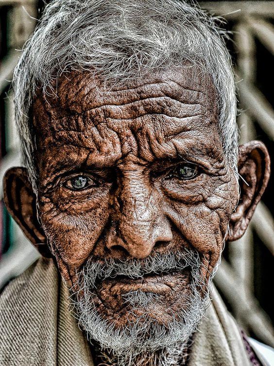 Les hommes âgés  Vieux114