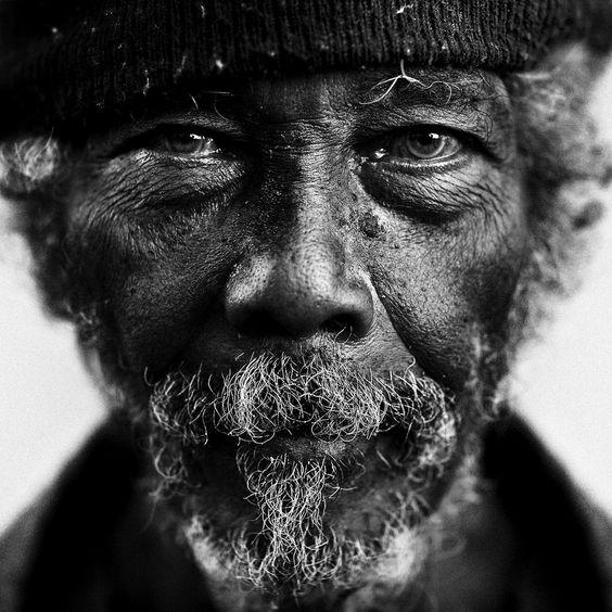 Les hommes âgés  Vieux310