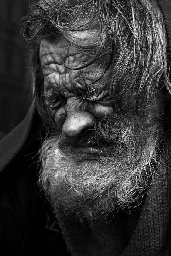 Les hommes âgés  Vieux610