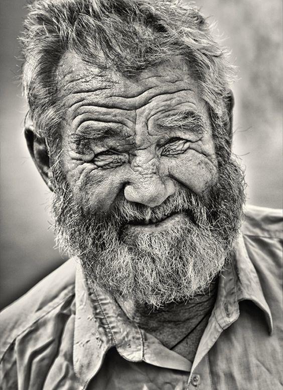 Les hommes âgés  Vieux710
