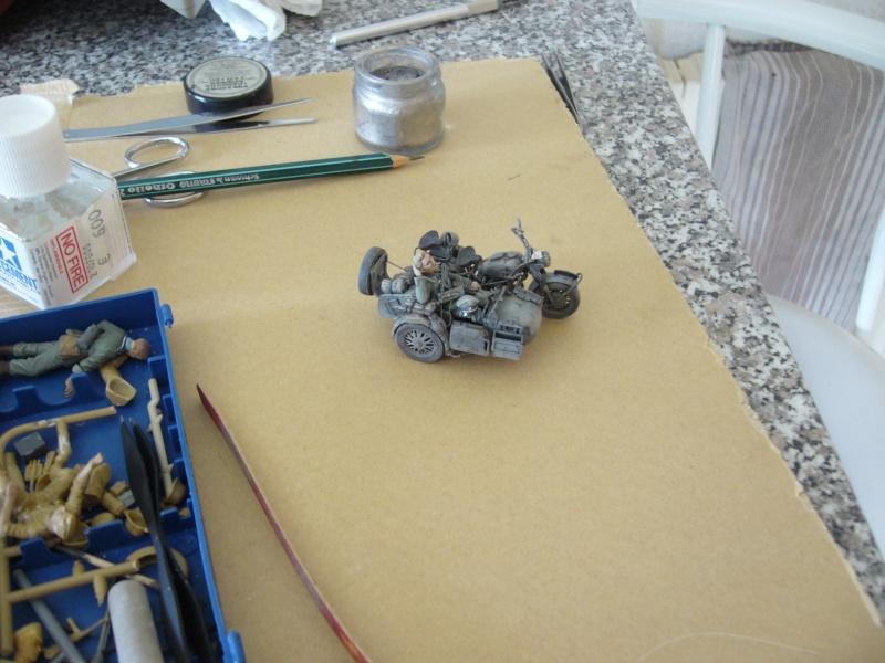 drole de petit diorama au 1/35 P1030111