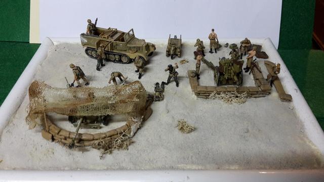 Batterie mixte : obusier FH18 et PAK40  Afrika corps 1942 au 1/72 03-02-19