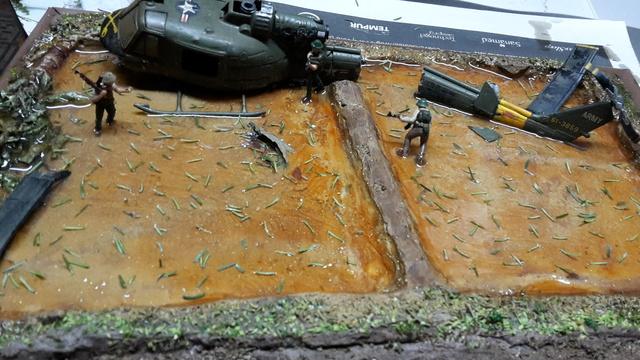 David vs Goliath- Vietnam 1960----HUEY UH-1 iroquois (en métal) + canon 40 mm Bofors et camion Praga RV  (Wrzesien) 1/72---FINI - Page 2 12-11-11