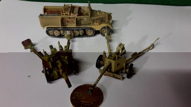 Batterie mixte : obusier FH18 et PAK40  Afrika corps 1942 au 1/72 20161240