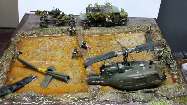 David vs Goliath- Vietnam 1960----HUEY UH-1 iroquois (en métal) + canon 40 mm Bofors et camion Praga RV  (Wrzesien) 1/72---FINI - Page 2 Dio_fi11