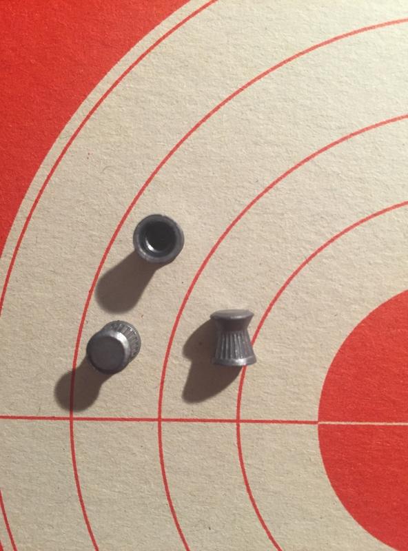 Carton Marauder pistol avec différents plombs Img_1010