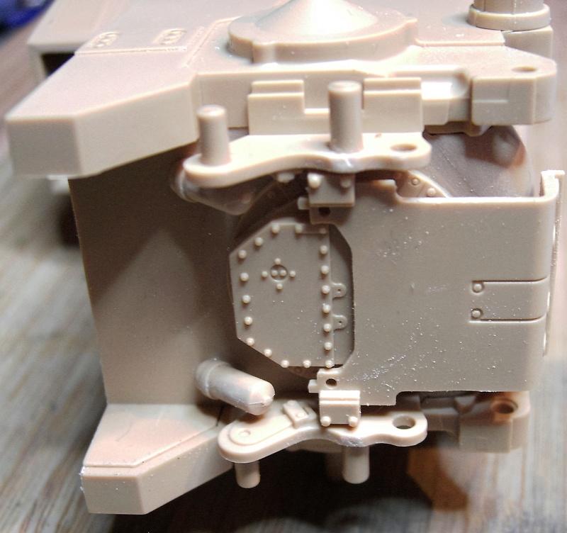 D9R with Slat Armor - 1:35 von Meng Pict5310