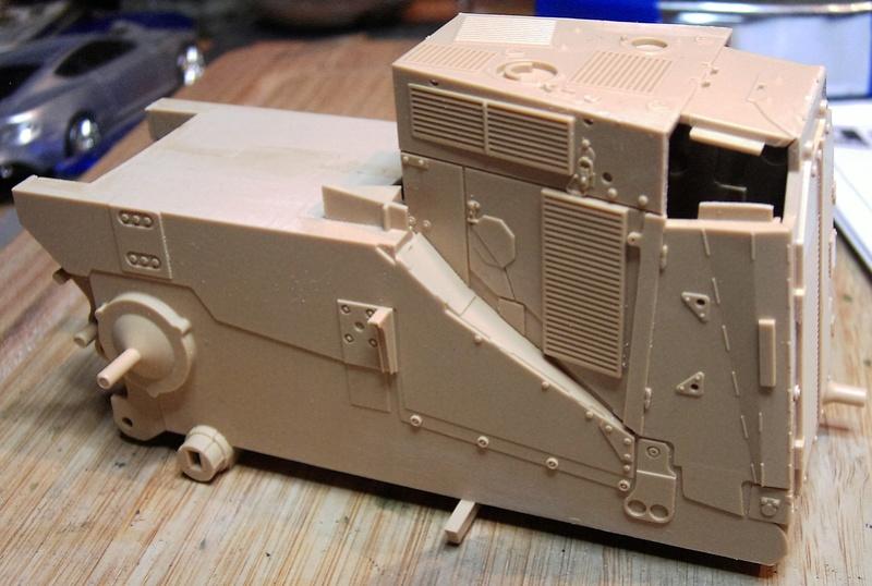 D9R with Slat Armor - 1:35 von Meng Pict5313