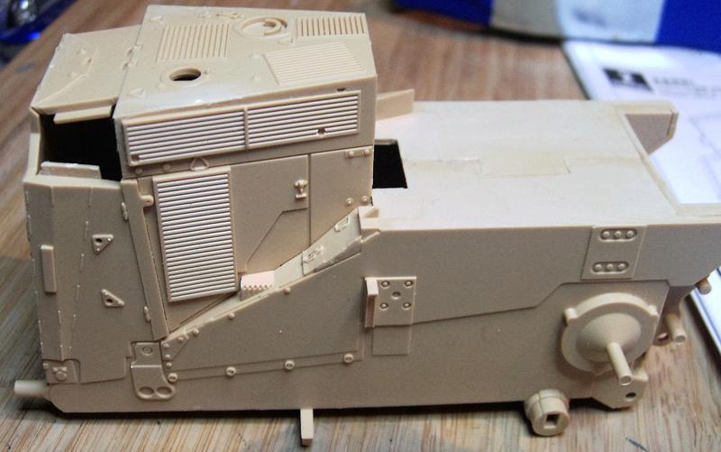 D9R with Slat Armor - 1:35 von Meng Pict5314
