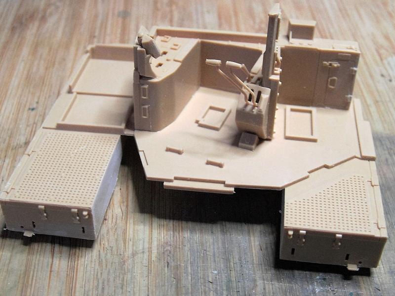 D9R with Slat Armor - 1:35 von Meng Pict5316