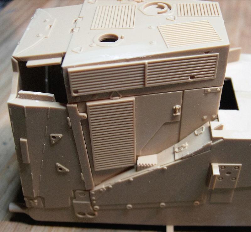 D9R with Slat Armor - 1:35 von Meng Pict5317