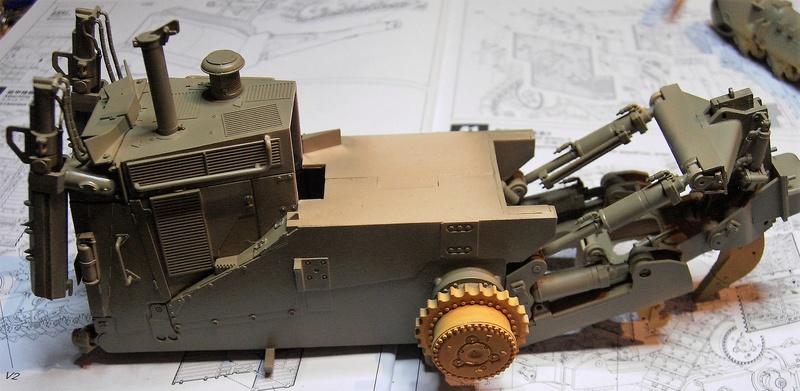 D9R with Slat Armor - 1:35 von Meng - Seite 2 Pict5459