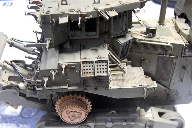 D9R with Slat Armor - 1:35 von Meng - Seite 3 Pict5474