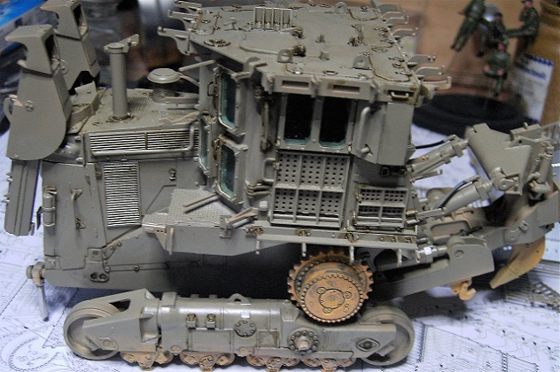 D9R with Slat Armor - 1:35 von Meng - Seite 3 Pict5511