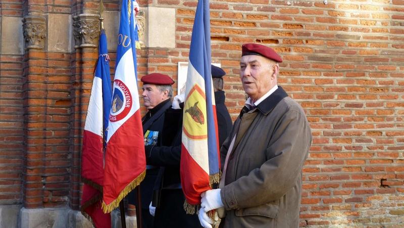 cérémonie consacrée à cet événement le dimanche 4 décembre à Saint Sulpice La Pointe(81) ou était basé le G.I.du 9ème R.C.P. P1080712