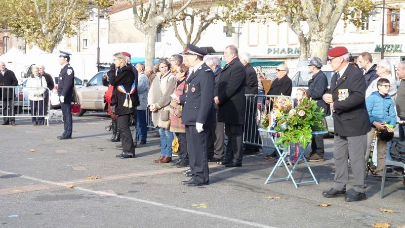 cérémonie consacrée à cet événement le dimanche 4 décembre à Saint Sulpice La Pointe(81) ou était basé le G.I.du 9ème R.C.P. P1080725