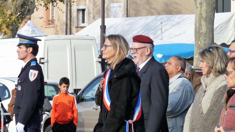 cérémonie consacrée à cet événement le dimanche 4 décembre à Saint Sulpice La Pointe(81) ou était basé le G.I.du 9ème R.C.P. P1080727