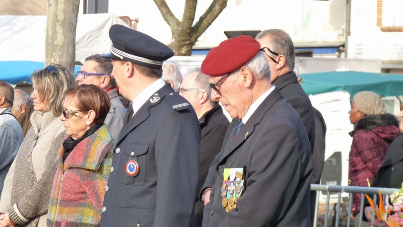cérémonie consacrée à cet événement le dimanche 4 décembre à Saint Sulpice La Pointe(81) ou était basé le G.I.du 9ème R.C.P. P1080728