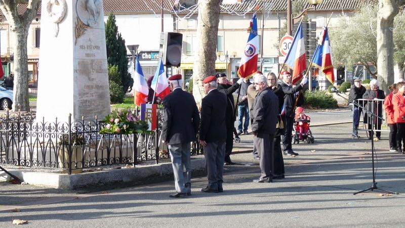 cérémonie consacrée à cet événement le dimanche 4 décembre à Saint Sulpice La Pointe(81) ou était basé le G.I.du 9ème R.C.P. P1080733