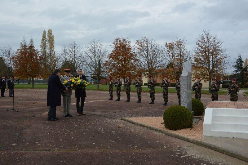 Le 1er R.C.P. rend hommage à un de leur chef de corps prestigieux Tylych14