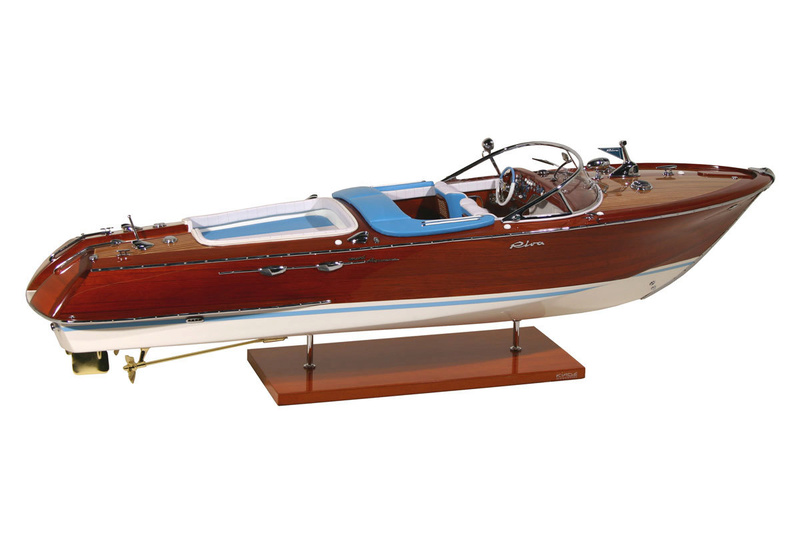 Grand deck marine tourbillon 310