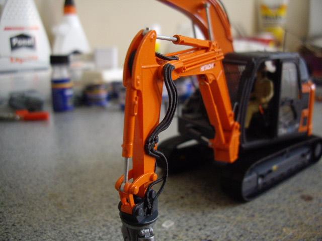 Hitachi Doppel-Arm-Arbeitsmaschine, Hasegawa 1:35 03310